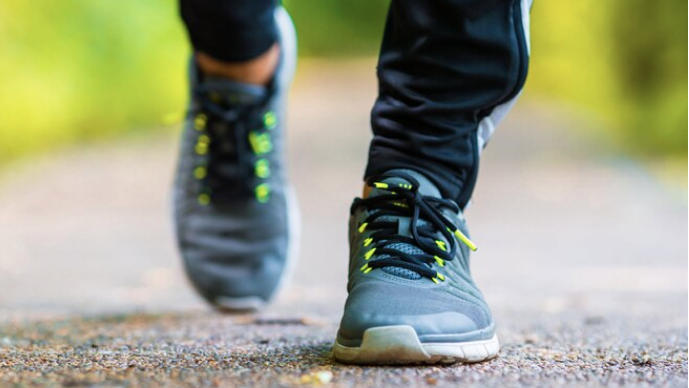 Is 6 Feet Enough Distance When Walking and Running?